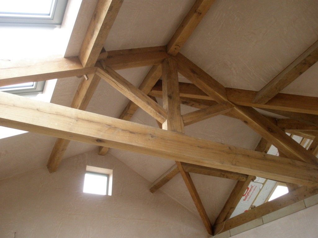 The roof trusses and purlins are all made of oak and built in the old fashioned way to match the rest of the property.