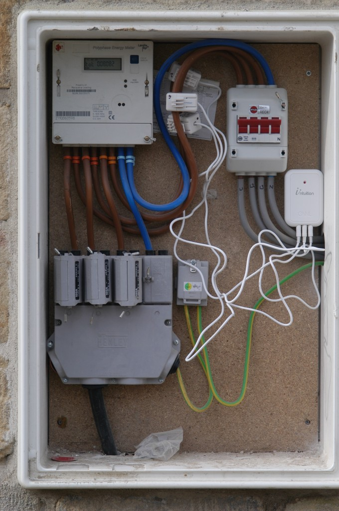 Three Phase Electricity Meter : Phase supply renovating hagg leys farm